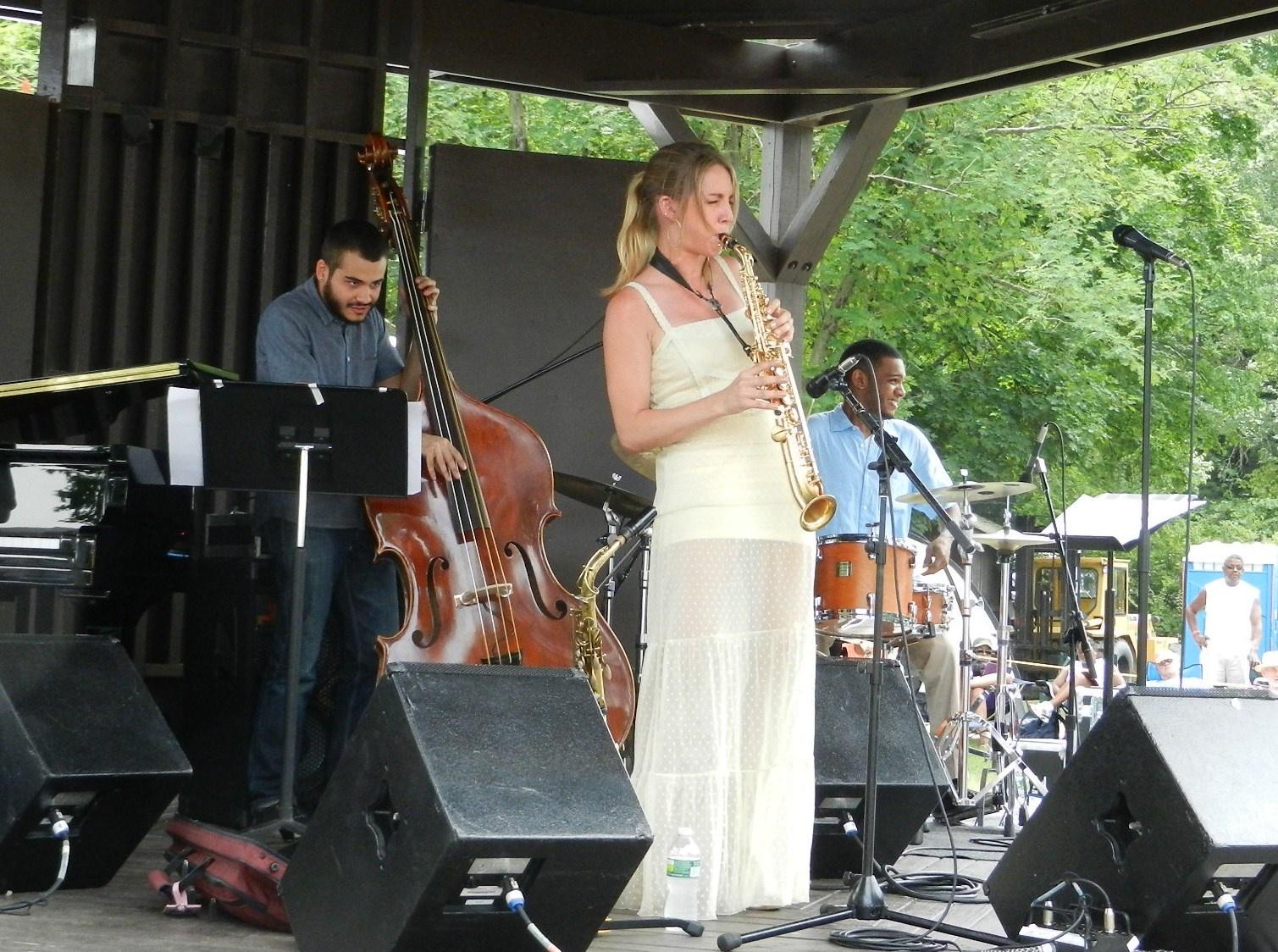 Hailey Niswanger Quartet