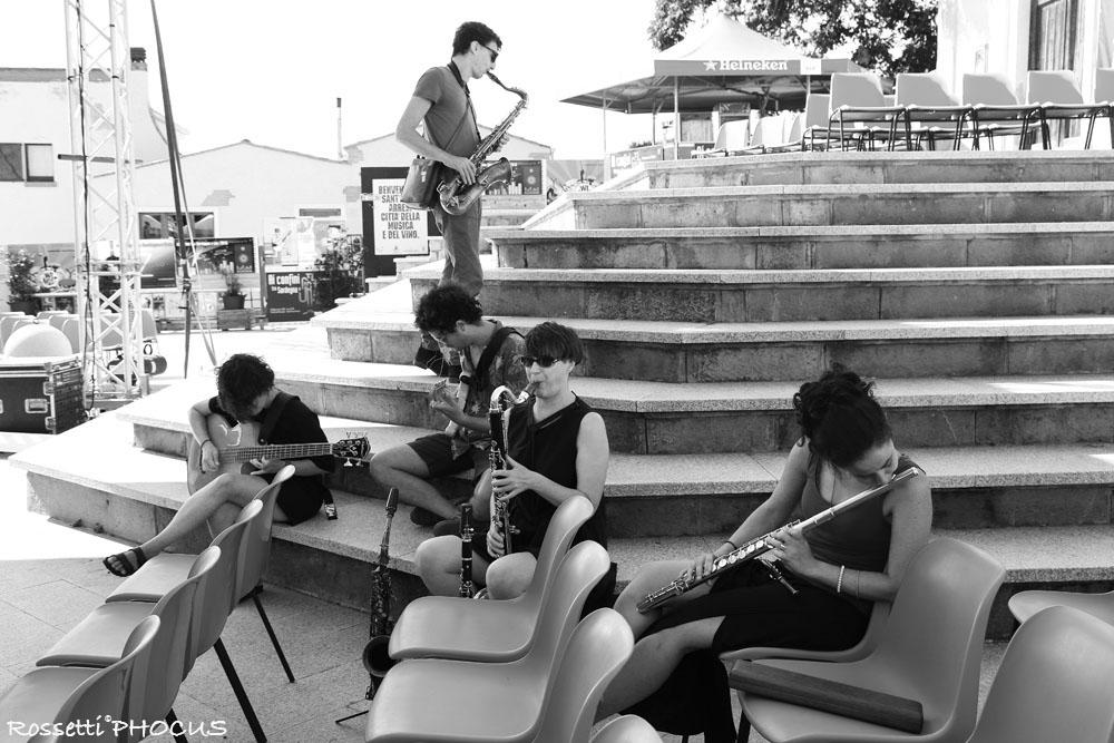 White Desert Orchestra