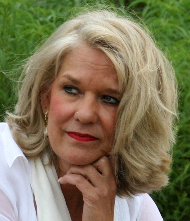 Sue Oatts (Tucker)
