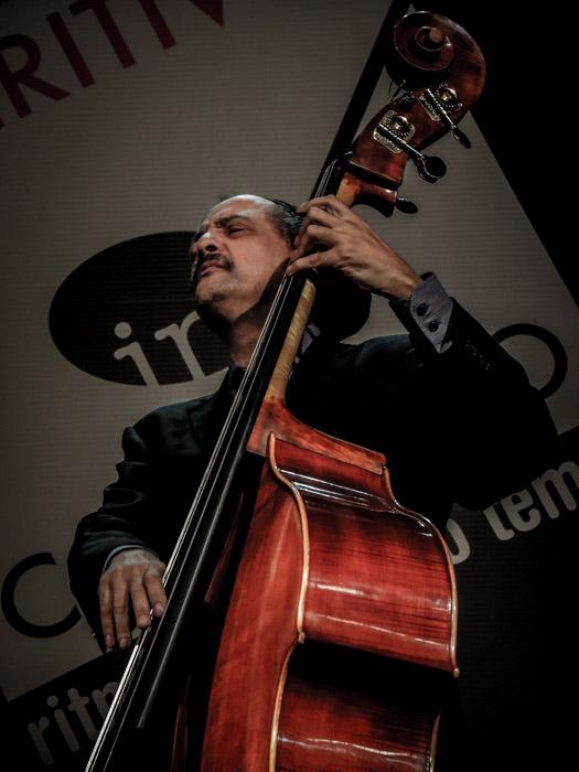 Jaribu shahid aperitivo in concerto teatro manzoni milano italy 13.10.2013