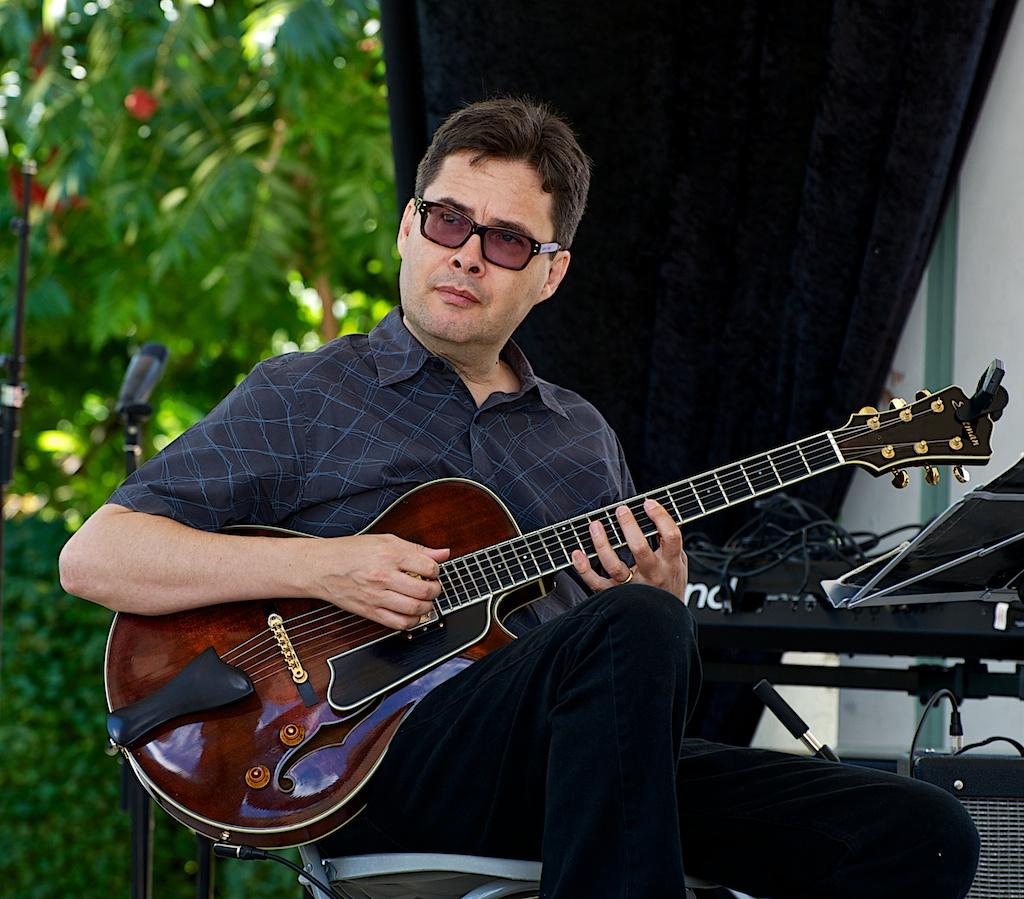 Reg Schwager - Barry Elmes Quintet - Markham Jazz Festival 2012