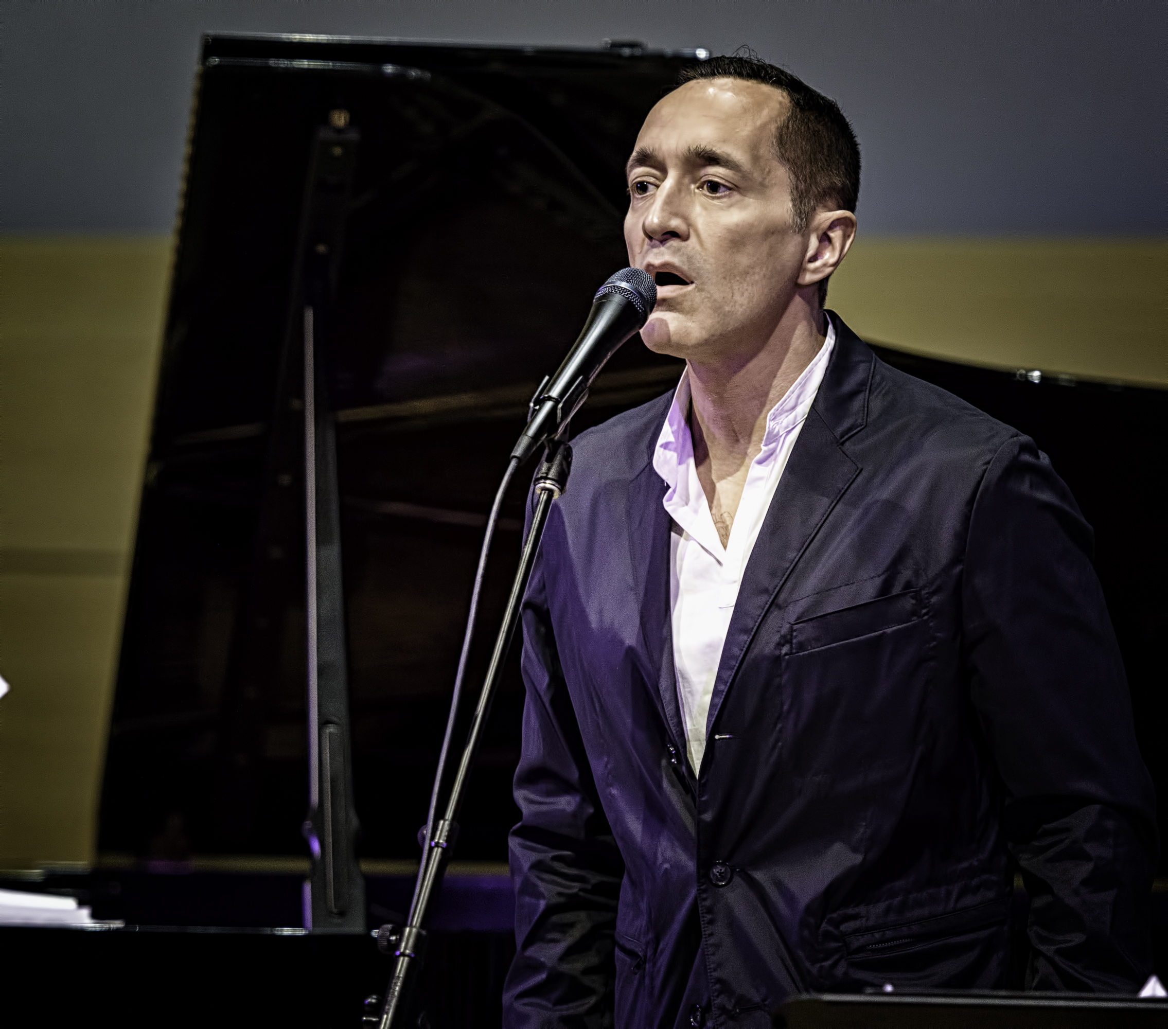 Theo Bleckmann with Group At The NYC Winter Jazzfest 2016