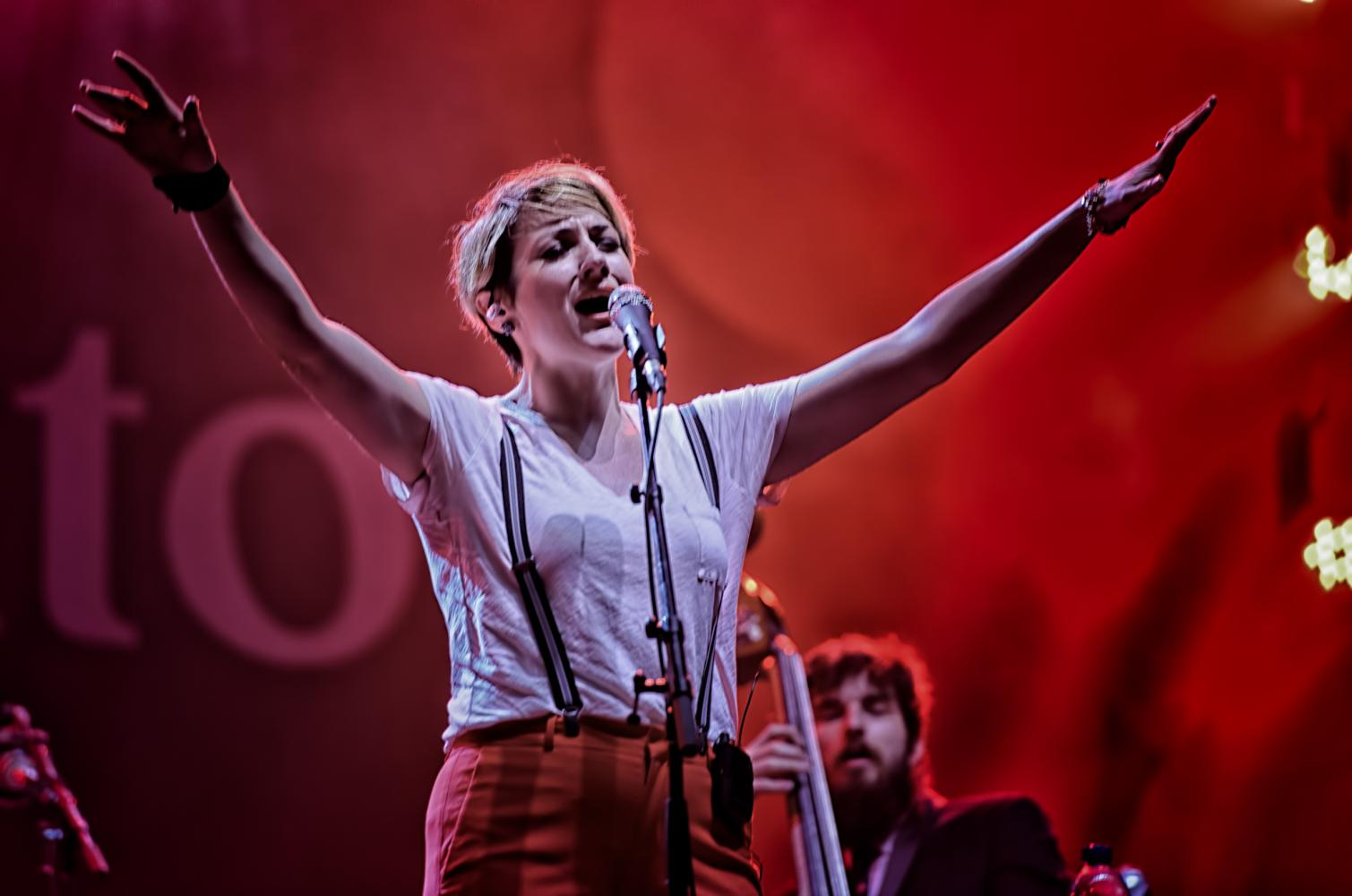 Elizabeth Bougerol with the Hot Sardines at The Montreal International Jazz Festival 2016