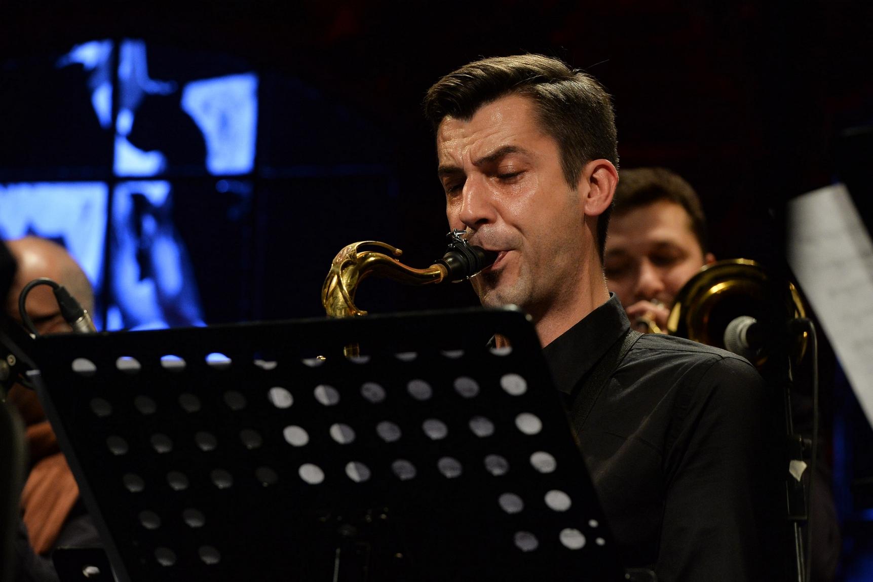 Kristijan Mlacak with Vladimir Nikolov/Srdjan Ivanovic  Undectet :Aristry In Broken Rhythm