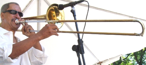 2007 Chicago Jazz Festival, Saturday. Bill McFarland. His Chicago Horns Got the Afternoon Sets off to a Very Solid Start