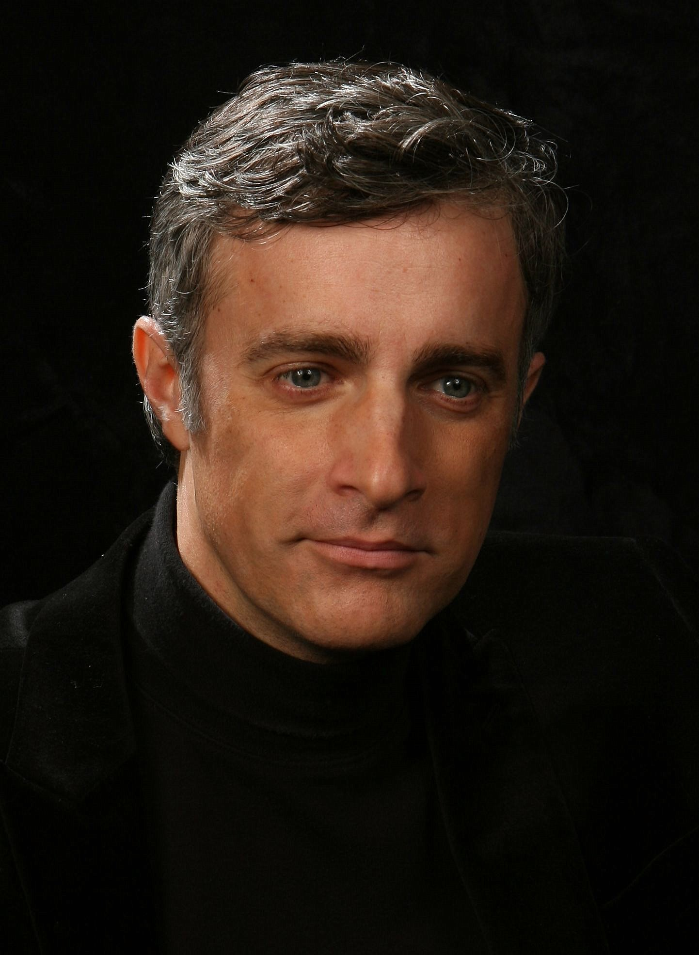 Pianist and Composer Eric Mintel