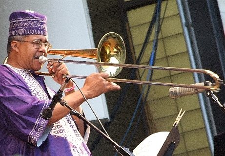 2006 Chicago Jazz Fest, Friday: Steve Berry Led Africa Brass in Tribute to Its Late Great Leader, Trumpeter Malachi Thompson