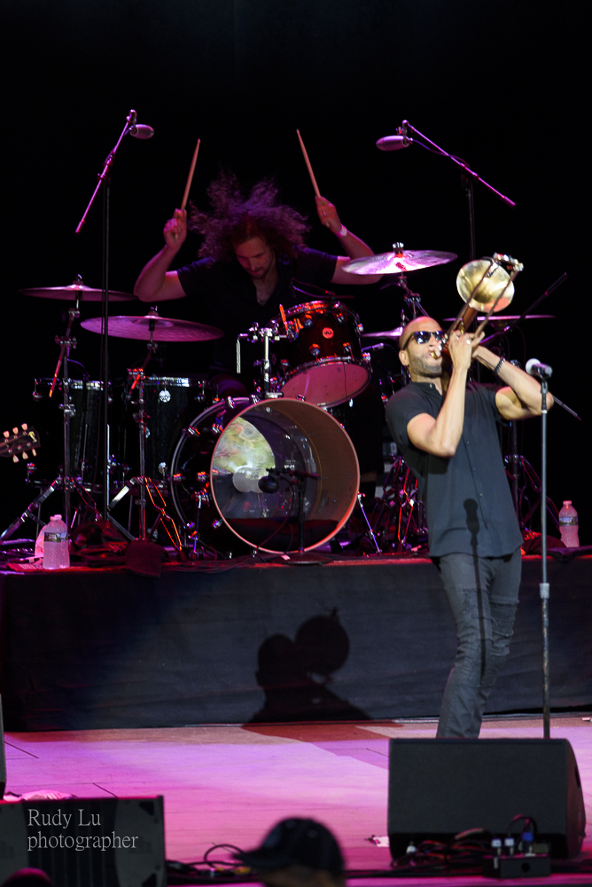 Trombone Shorty closing out the festival