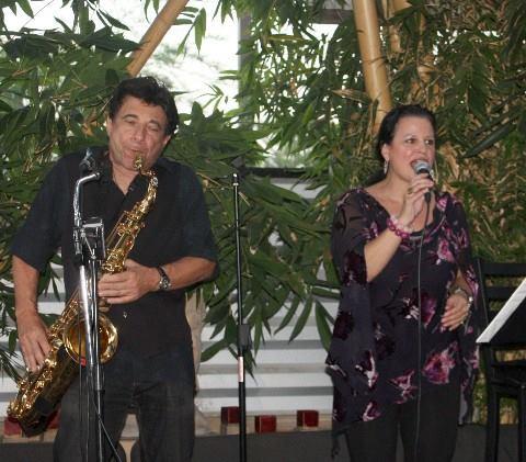 Francesca Amari & Mikole Kaar at Wang's in the Desert