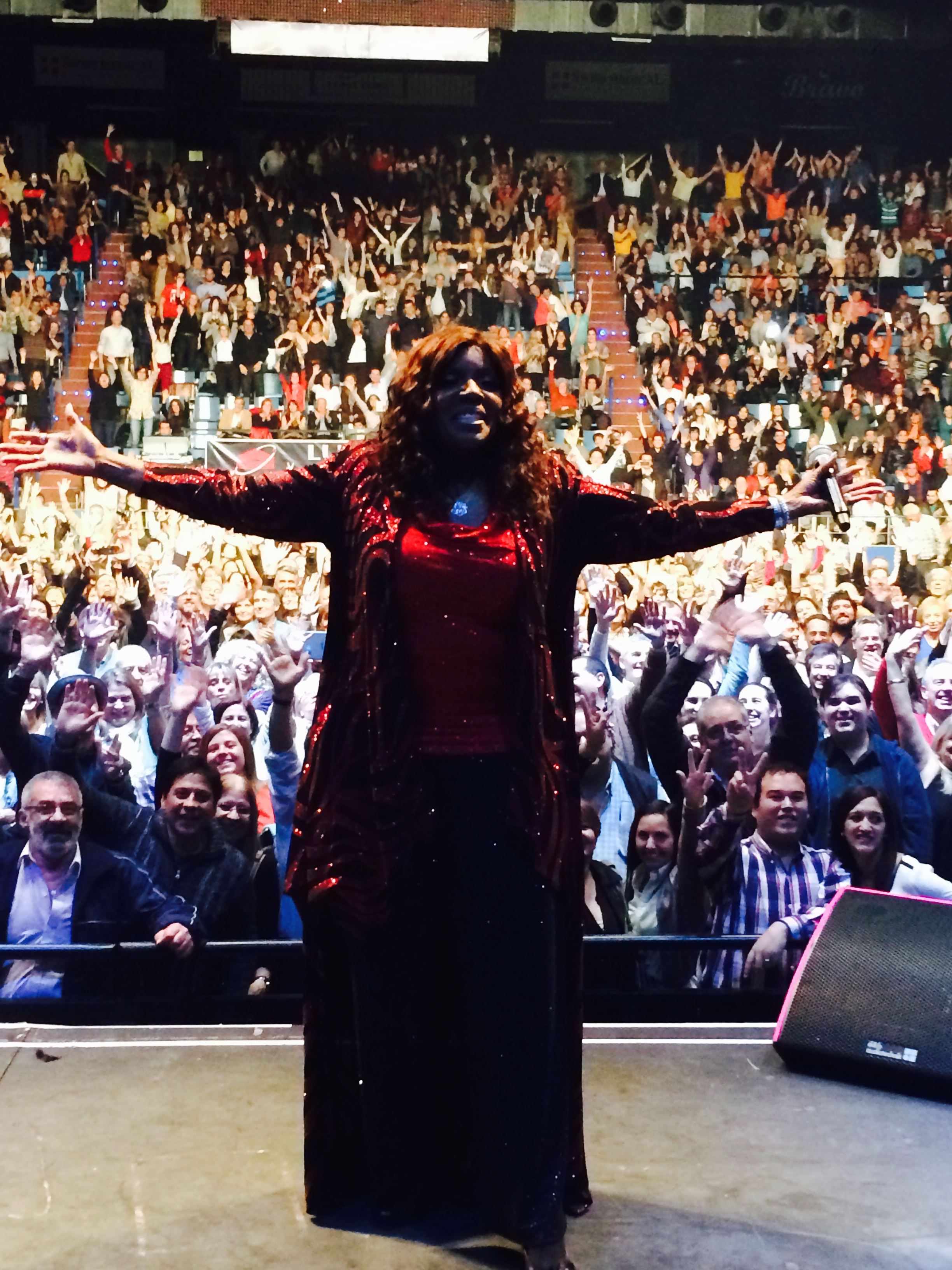 Gloria Gaynor Live in Argentina