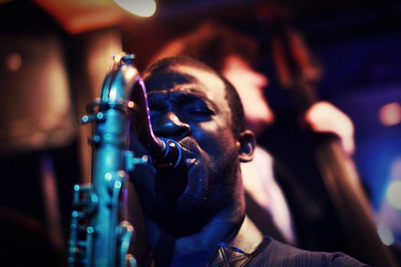 Tivon Pennicott, Smalls Jazz Club