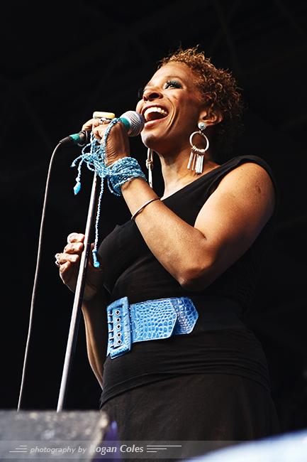 Shakura S'aide / 2007 Montreal International Jazz Festival