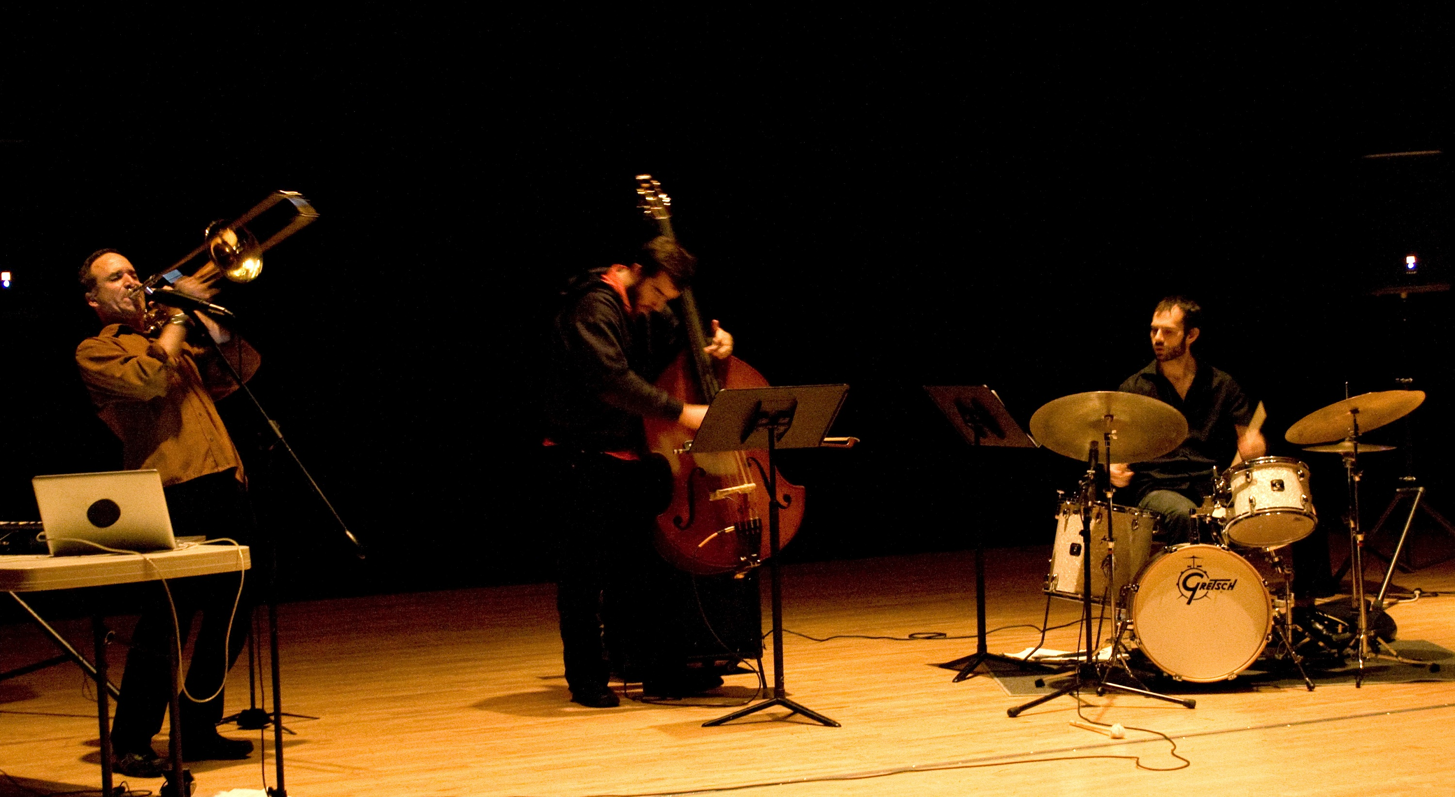 Michael Dessen Trio : Irvine CA, May 7, 2011