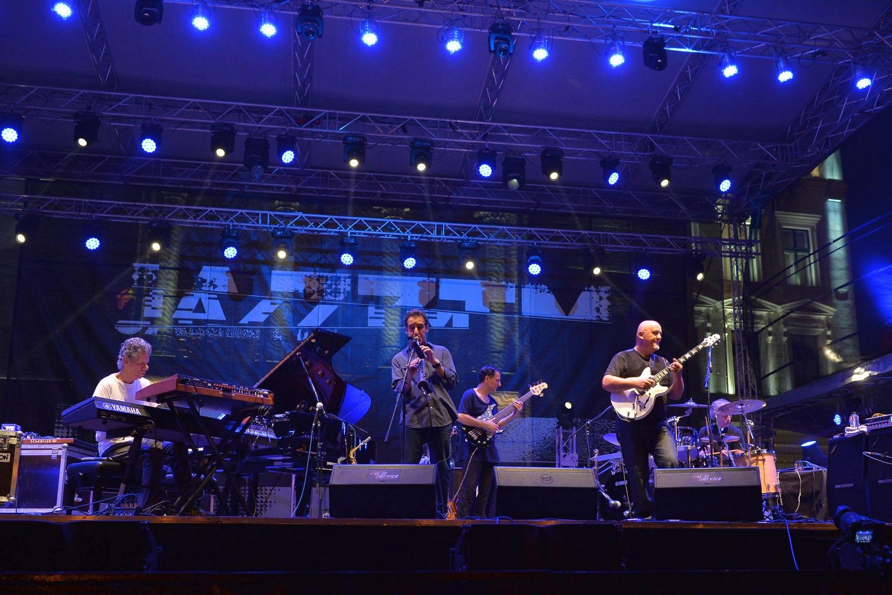 The Chick Corea Elektric Band feat. Frank Gambale, Eric Marienthal, John Patitucci și Dave Weckl at JazzTM Festival