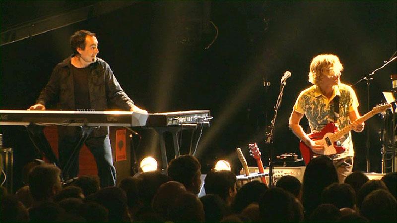 Neal Morse and Roine Stolt, of Transatlantic, from Whirld Tour DVD
