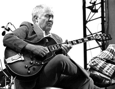 Herb Ellis 0318005 Capital Jazz, Knebworth, UK. July 1982. Images of Jazz