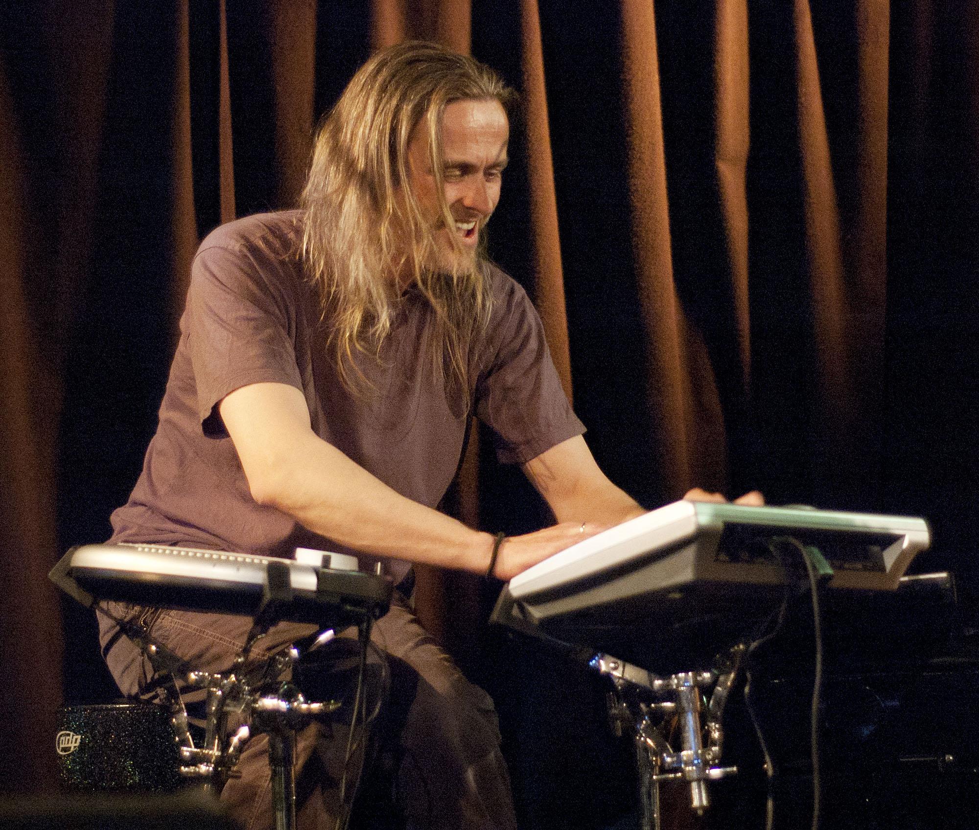 Audun Kleive, with Arve Henriksen Trio, at Nattjazz 2011