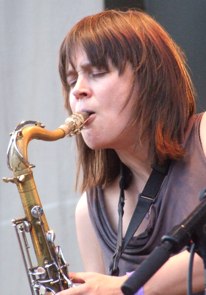 Ingrid Laubrock with Mike Reed's Myth/Science Assembly at 2011 Chicago Jazz Festival