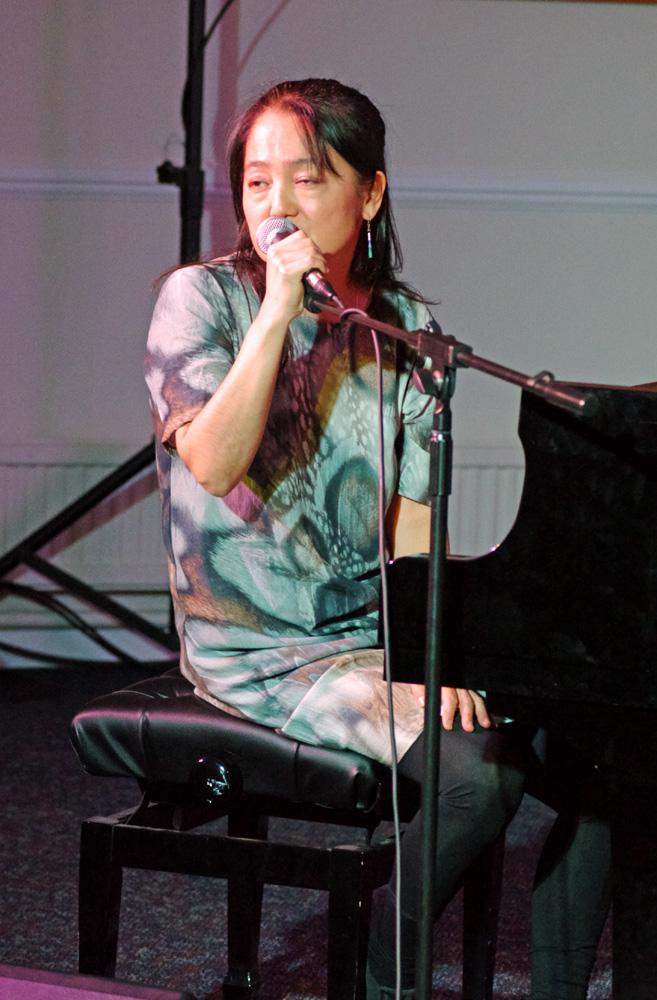 Makiko Hirabayashi Trio
