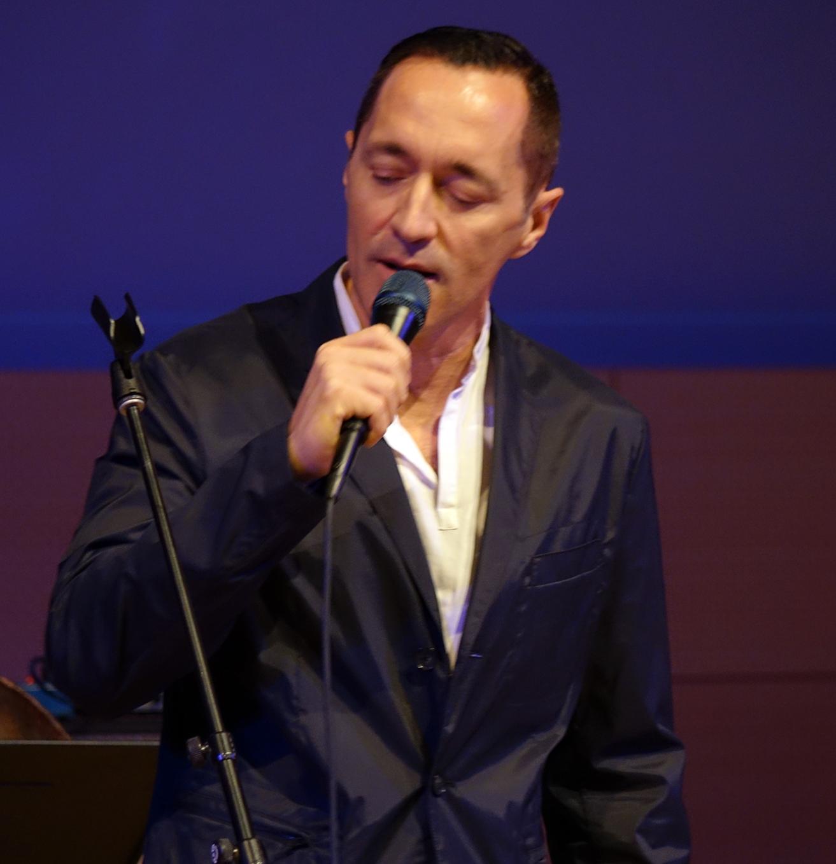 Theo Bleckmann at NYC Winter JazzFest 2016