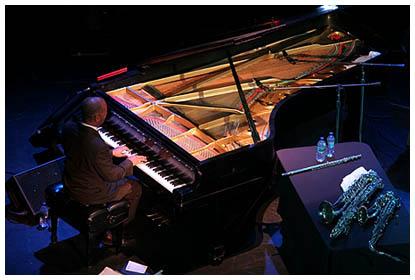 Gerard Gibbs, Piano