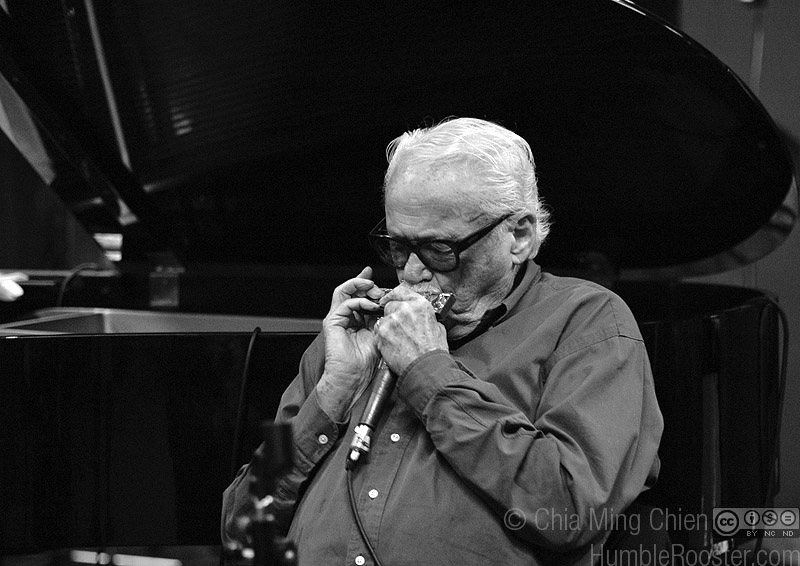 Toots Thielemans in Rehearsal, Singapore
