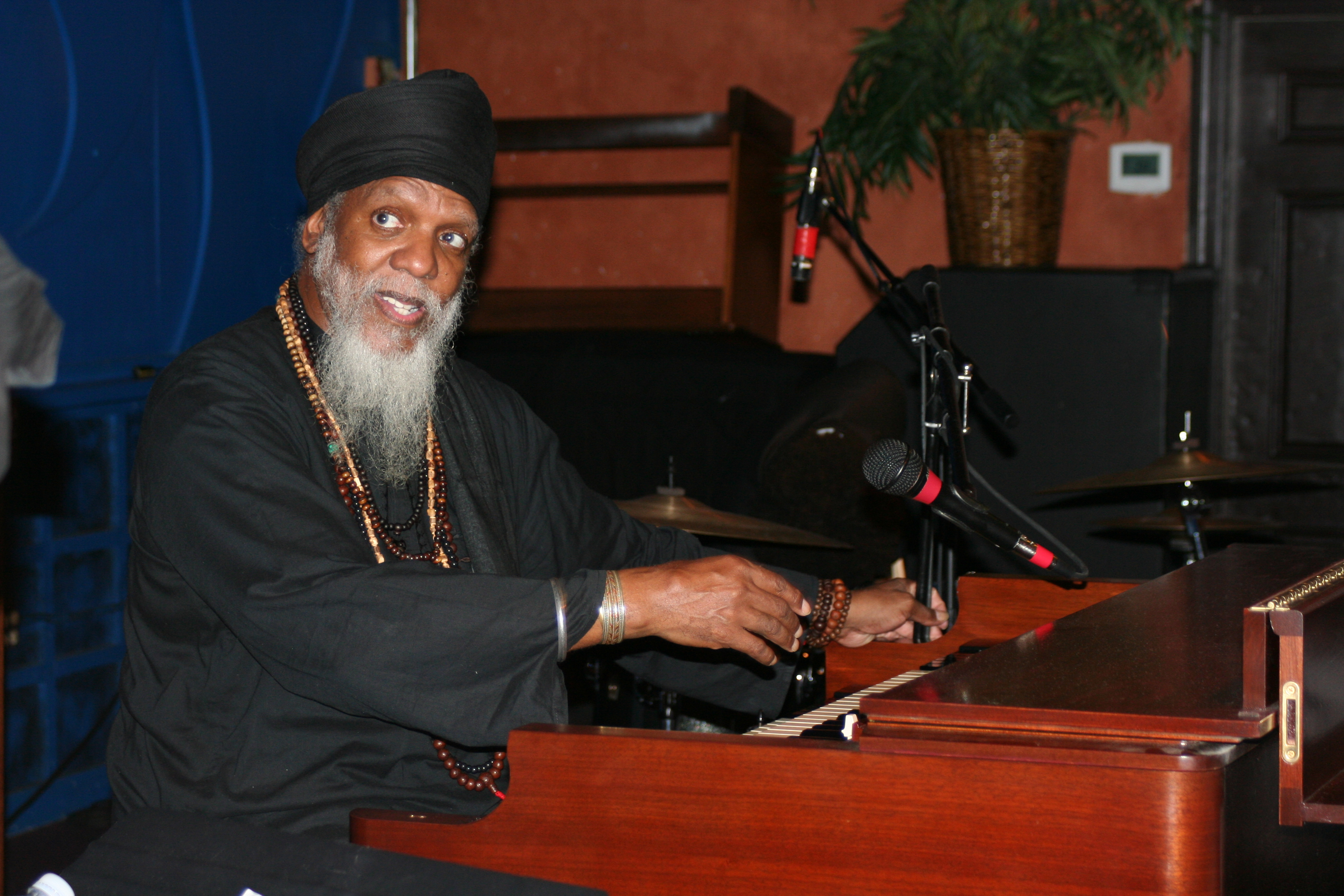 Dr Lonnie Smith Trio @ Jazz Kitchen