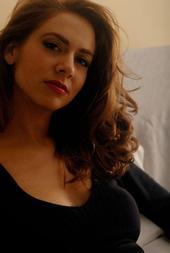 Mari Rosa, Singer