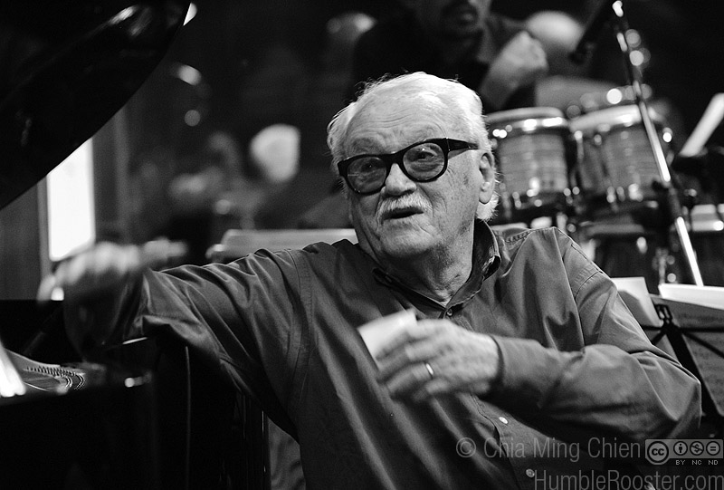 Toots Thielemans in Rehearsal (II), Singapore