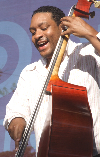 Chris Thomas with Brian Blade's Fellowship Band at 2010 Chicago Jazz Festival
