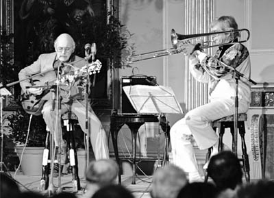 Jim Hall Bob Brookmeyer 0432718 Guildhall, Bath, UK. 1987 Images of Jazz