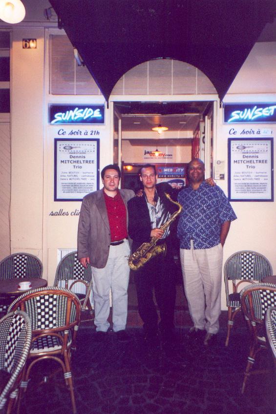 Dennis Mitcheltree Trio in Paris