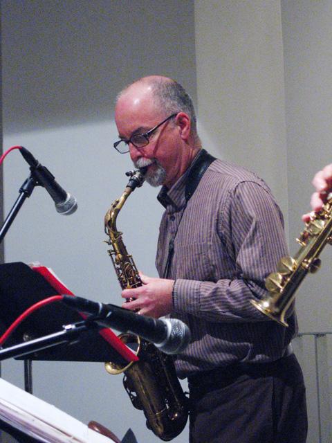 Steve Adams from Rova Saxophone Quartet - Cue Art Foundation 2007
