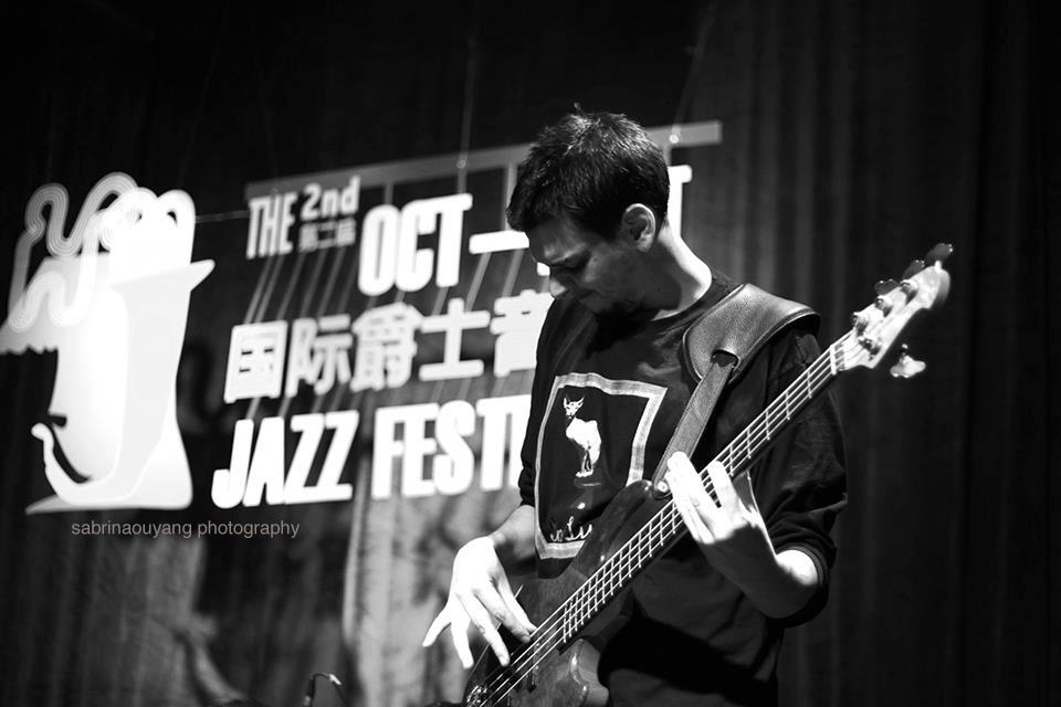 Marko Stojiljkovic ( Eyot ) / Oct Loft Jazz Festival 2012