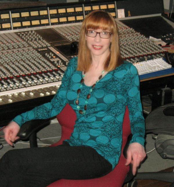Laura Ainsworth in the Studio