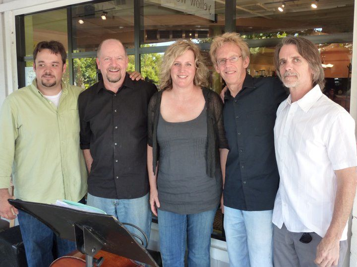 Victoria Blythe and Band