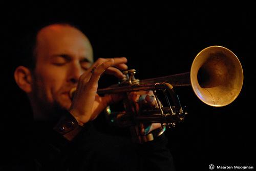 Michael Leonhart
