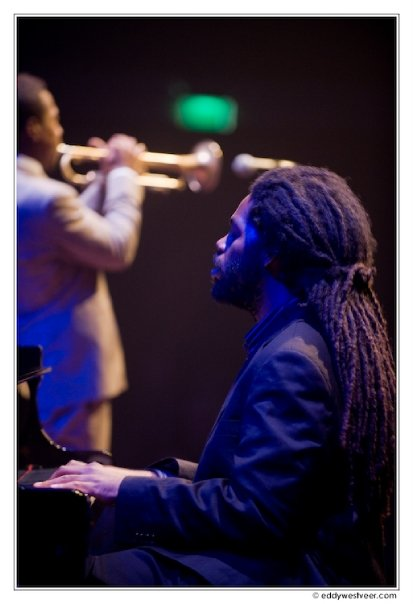 Joel holmes live with roy hargrove