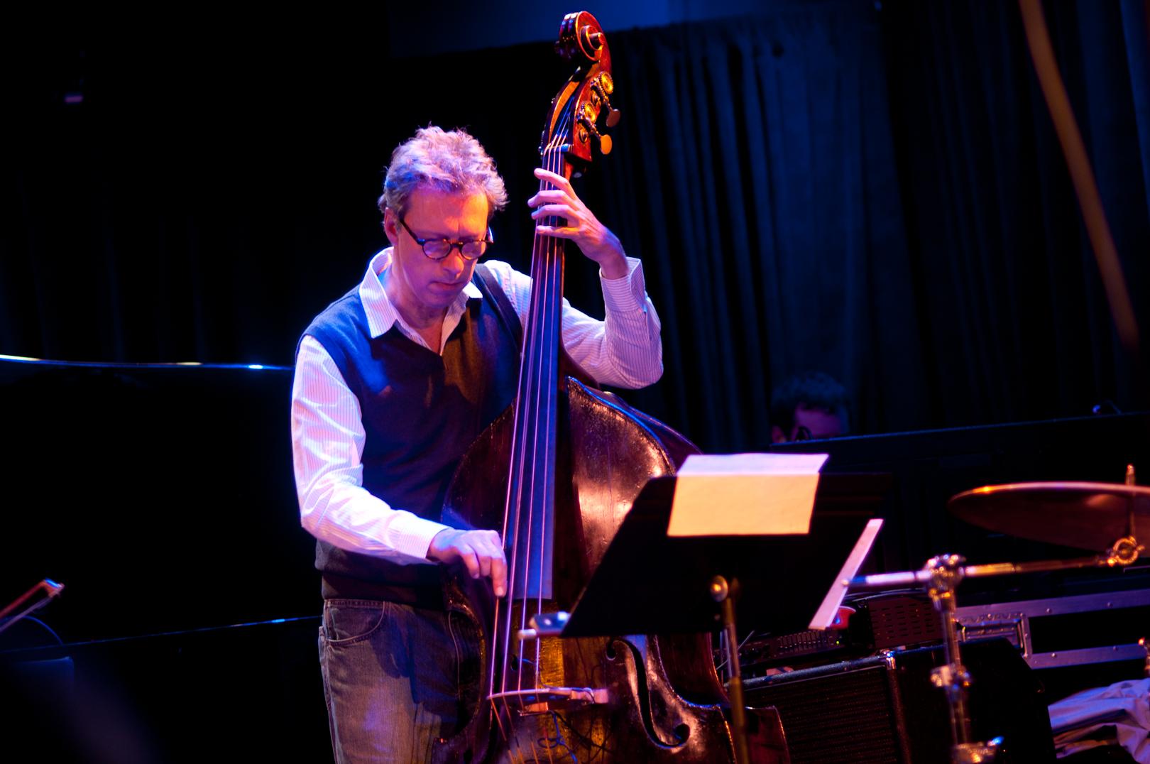 Ernst Glerum with ICP Orchestra