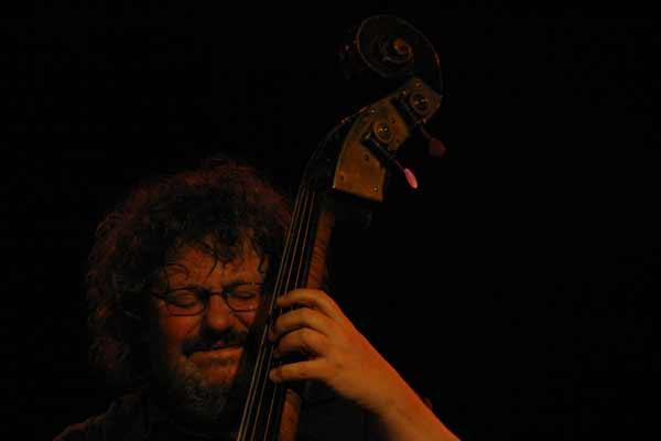 "Leon Francioli with ""Quartet Lindemann-Francioli-Ferris-Everett"" at Amr, Sud Des Alpes, Geneva, Switzerland, 2004"