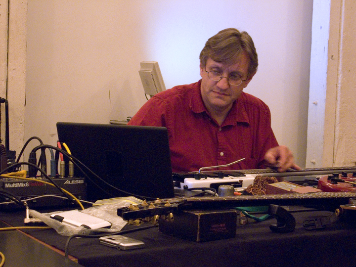Hans Tammen (w/The Extended Guitars) - Ipr 2008