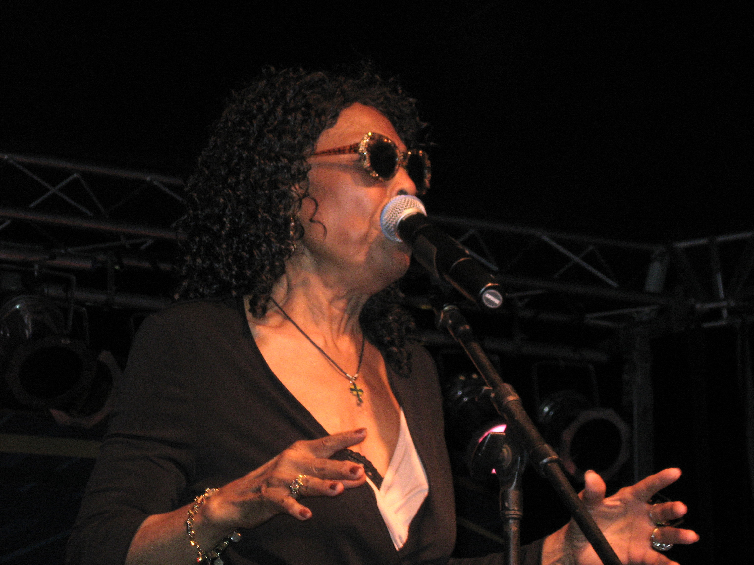 Gloria Lynne @ 2007 South Shore Jazzfest