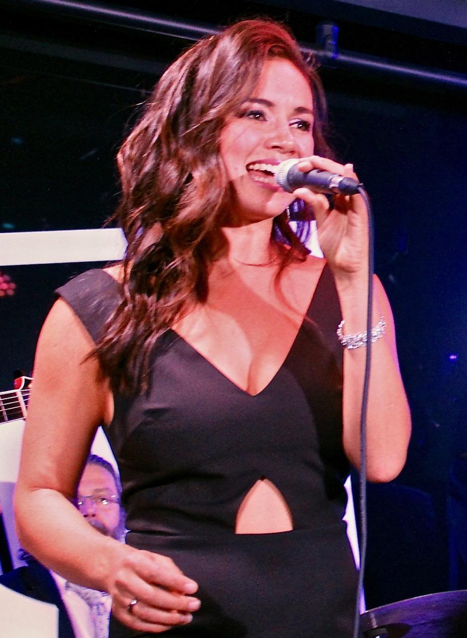 Alinta Chidzey