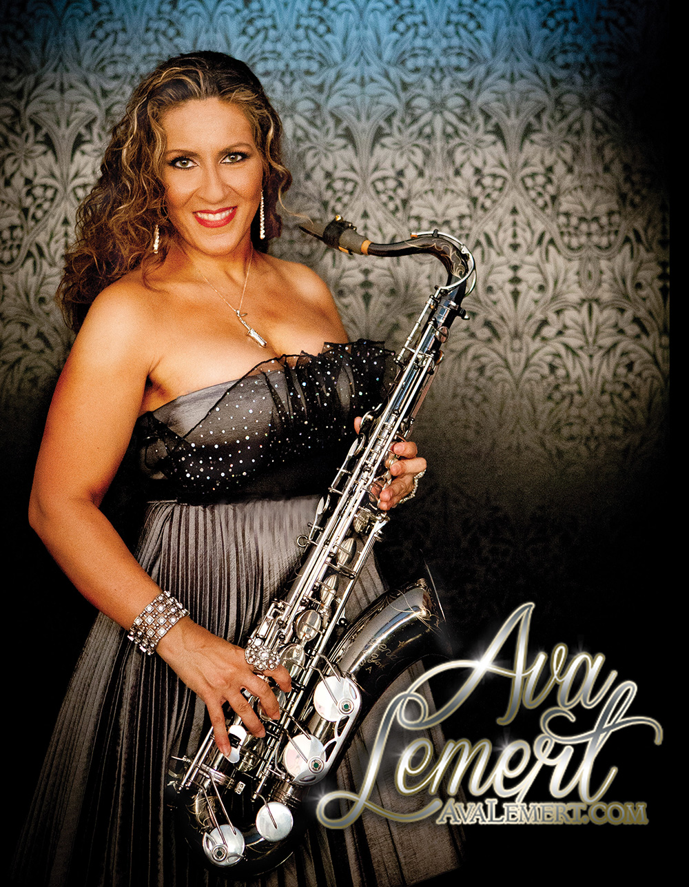 Singing Saxstress Ava Lemert