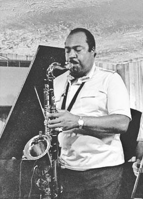 Nathan Davis 0433618 Bass Clef, London. 1987 Images of Jazz