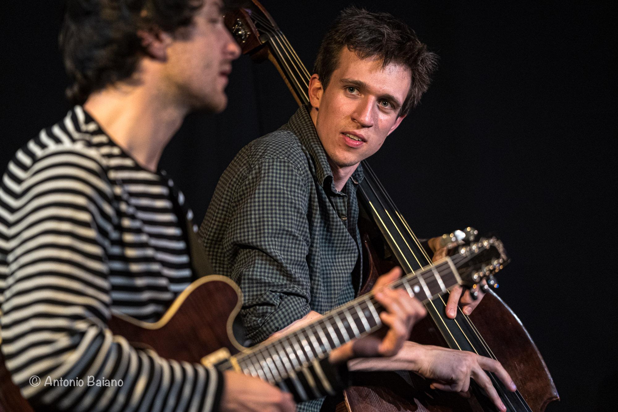 Misha Mullov-Abbado (bass) and Rob Luft