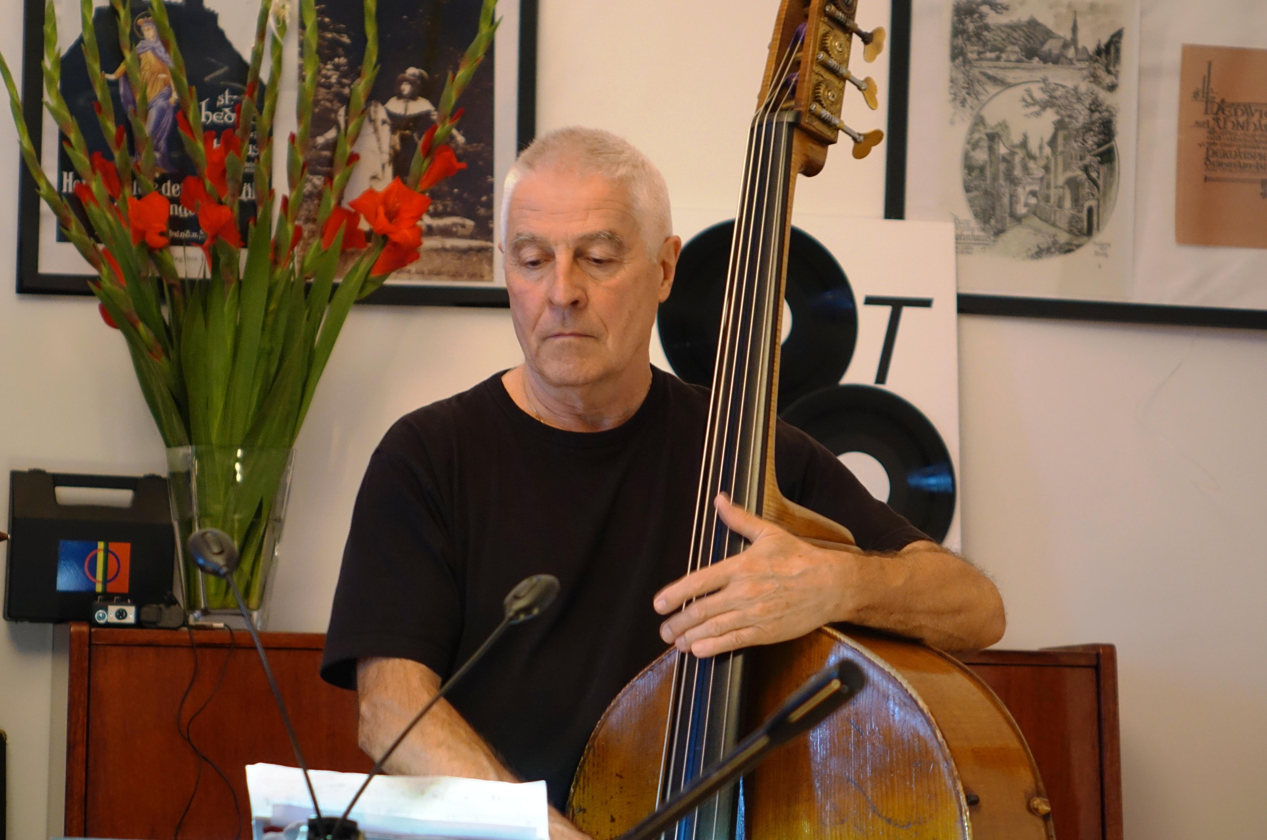 Barry Guy in Wlen, Poland in September 2018
