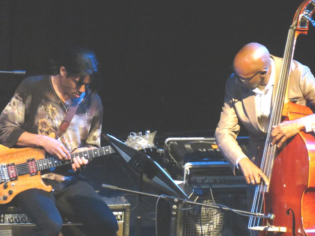 Stanley Jordan and Nat Reeves, Miniaci Pac, Fort Lauderdale, 1/12/13