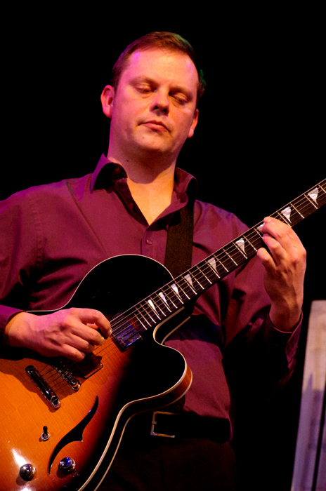 Phil Robson 33273 Images of Jazz