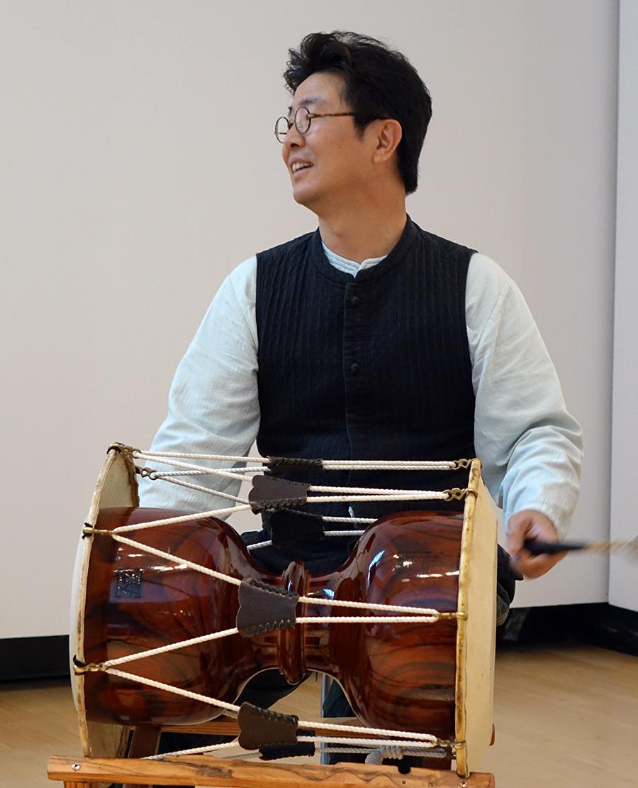 Dong-Won Kim at Guelph 2014